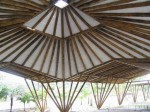 estrutura_de_bambu_e_forro_de_rebilet