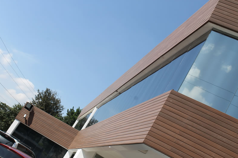 Fachada de madeira plastica - Empresas de fachadas ...